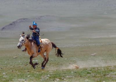 Fotoobraz - Koňské dostihy během nádamu
