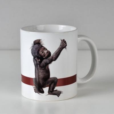 Hrnek s fotografií gorilího mláděte